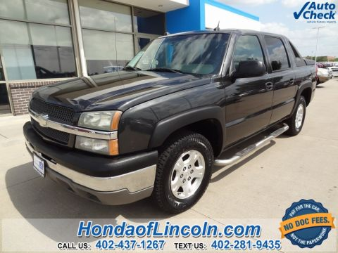 Pre-Owned 2004 Chevrolet Avalanche 1500 Base